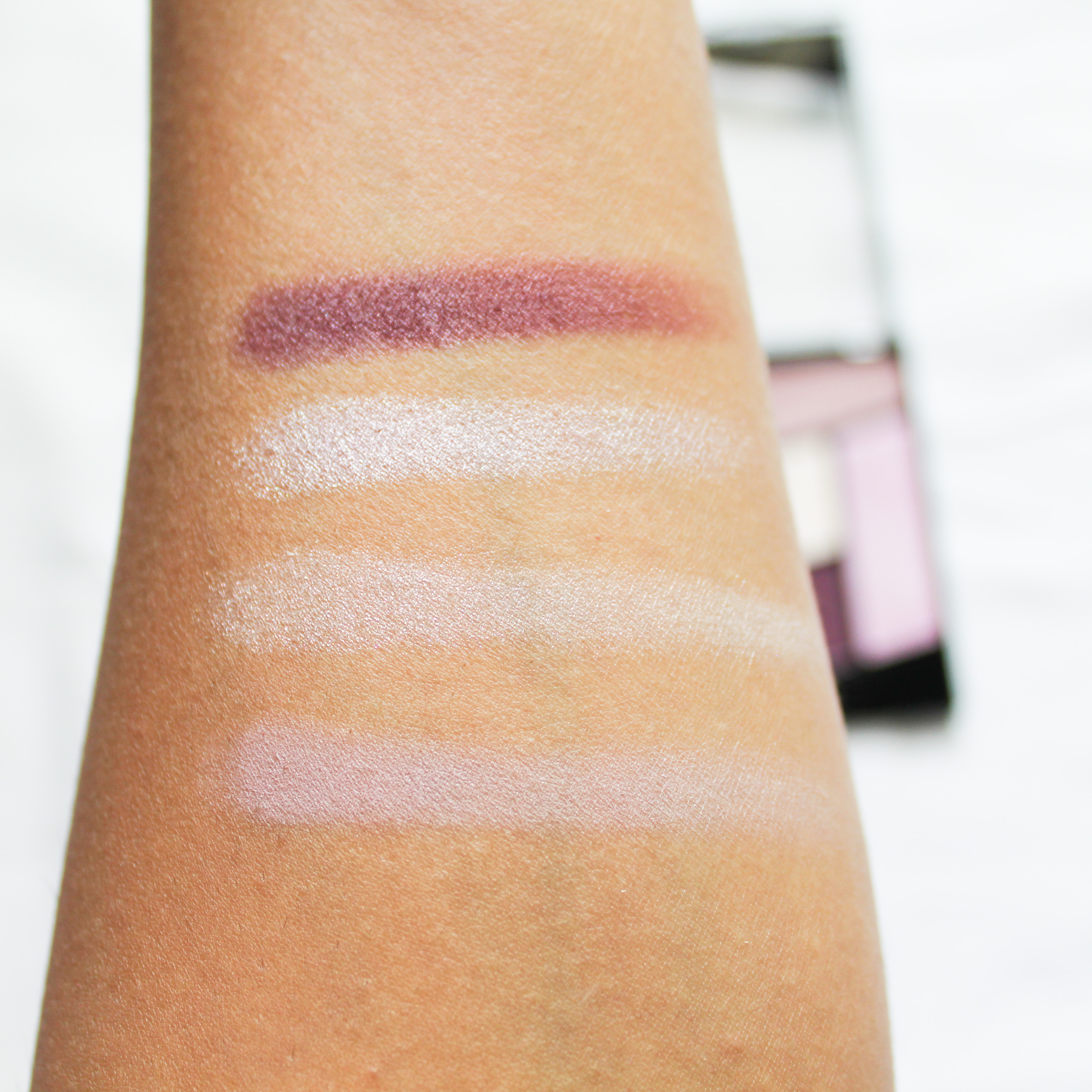 Wet n Wild Color Icon Eyeshadow Quad Petalette Swatches