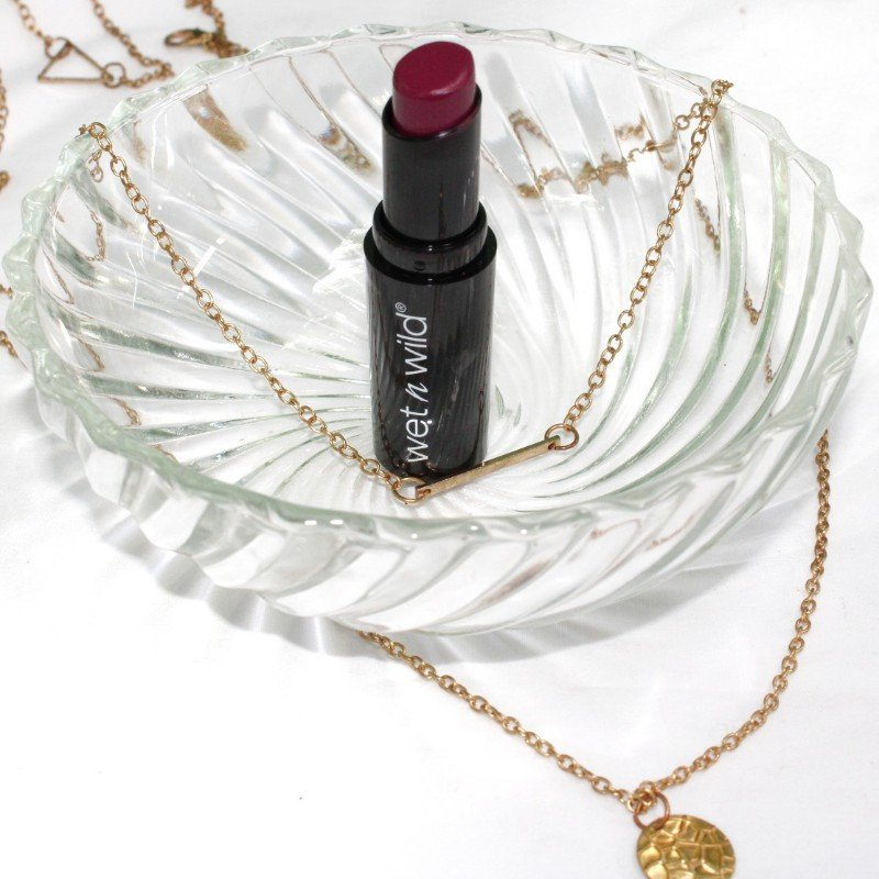 Wet N Wild Megalast Lipstick Sugar Plum Fairy Review