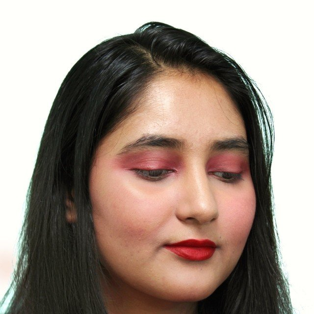 Lakme nine to five Weightless Mousse lip and cheek color in Crimson Silk